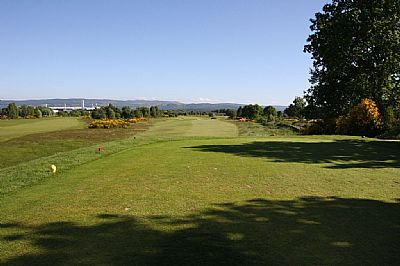 first hole at muir of ord golf club - a james braid course