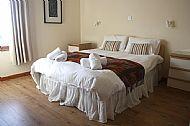 King size bed Osprey