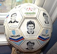 WC86 England players ball