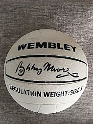 Bobby Moore Wembley white ball