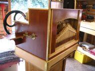 35 note organ.