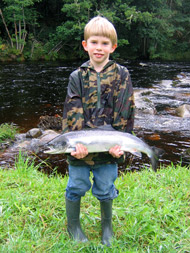 salmonquest salmon fishing holidays, river alness, learn to salmon fish breaks