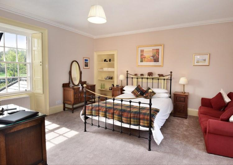 sydney house b&b cromarty - miller bedroom
