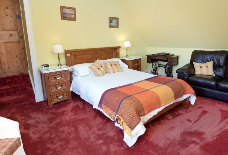 sydney house b&b cromarty - sandilands bedroom