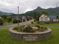 Entrance To Glencoe Village