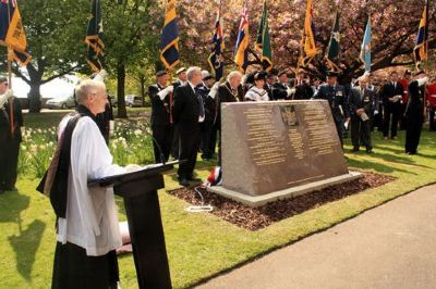 dedication of nottinghamshire's victoria cross memorial