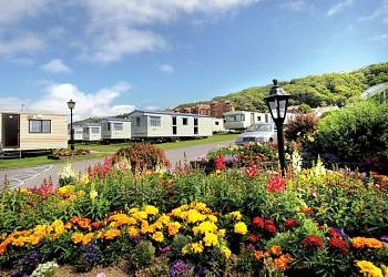 find family friendly holiday parks
