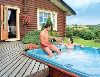 check out the holidays with hot tubs