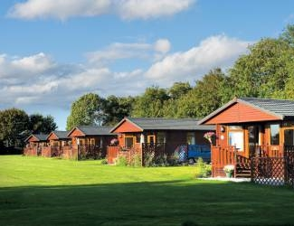 athelington hall farm lodges in suffolk